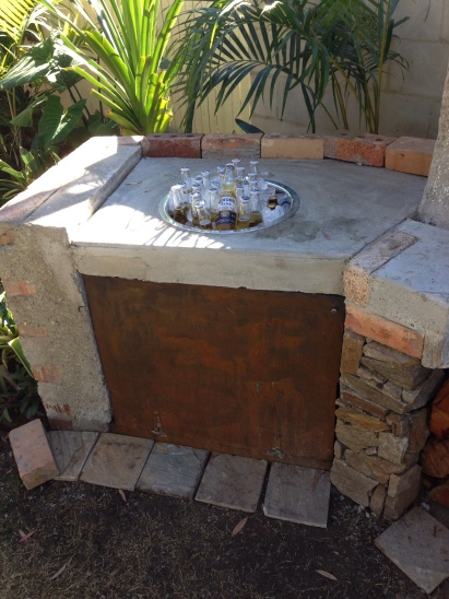 Ice sink in BBQ construction