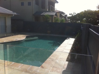 Sandstone pool Surround