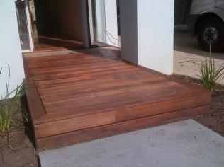 Entrance decks