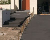 front brick retaining concrete drivewayd2